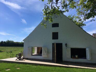 Hønsebjerggårds shelters til vandreferie med familien